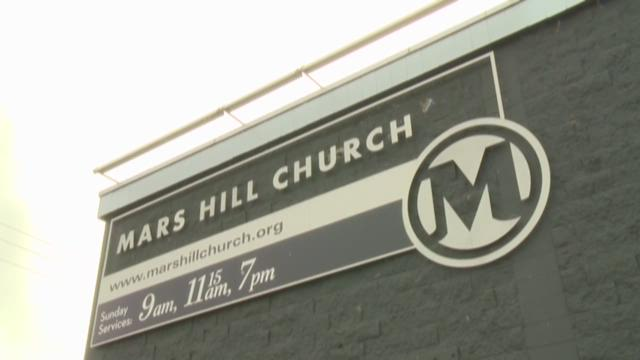 Ex-members reconnect after Mars Hill pastor steps down