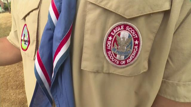 Boy Scouts to allow gay leaders