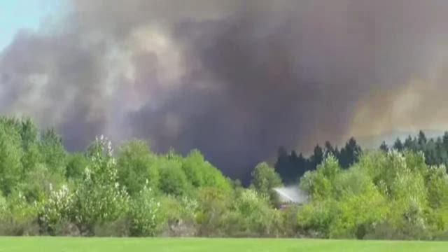 Brush fire burns in Pierce County