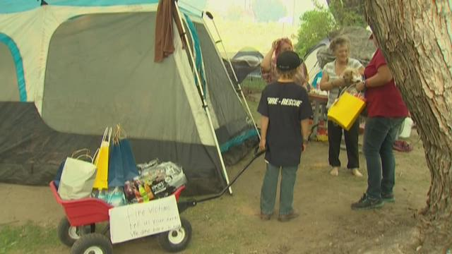 8-year-old helps families displaced by wildfires